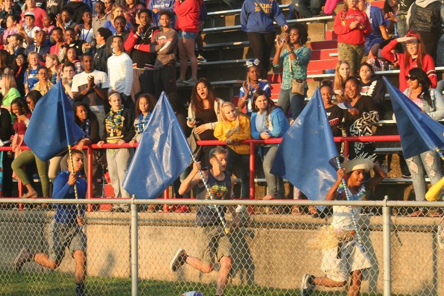 Blue+Men+take+the+field